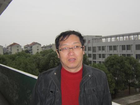 黄 忠(九年级数学教师)