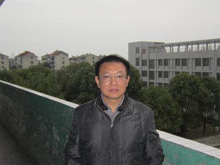 秦红庆(九年级数学教师)