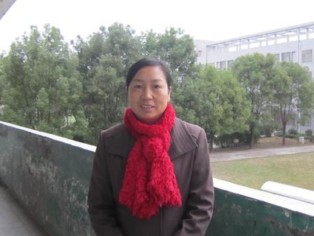 叶 娅(七年级英语教师)